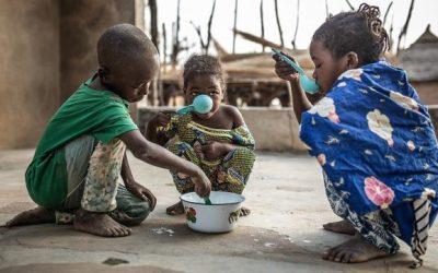 """La fame e la carestia come armi, la denuncia di Oxfam: """"Ogni minuto più morti che con la pandemia di Covid"""""""