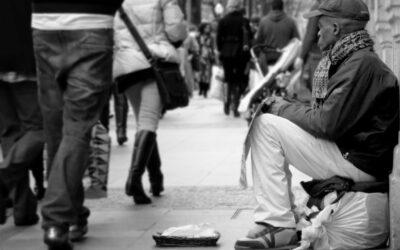 26 INDIVIDUI POSSEGGONO LA RICCHEZZA DI 3,8 MILIARDI DI PERSONE