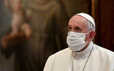 """Papa Francesco racconta i tre """"Covid"""" della sua vita"""